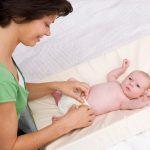 Cách chăm sóc rốn cho trẻ sơ sinh
